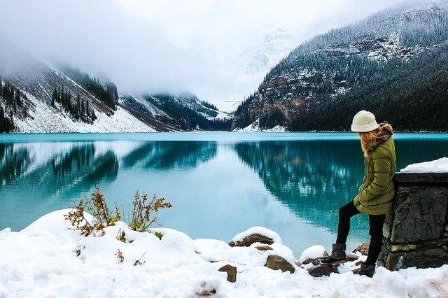 příroda a jezero